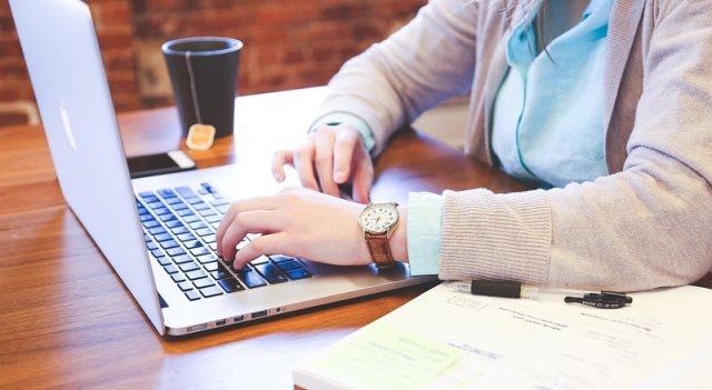 Camara-e.net lança capacitação gratuita sobre comércio eletrônico