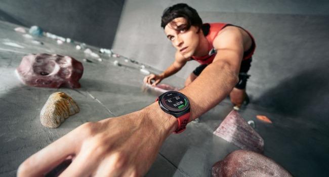 Huawei Watch GT 2e chega com 100 modos de treino