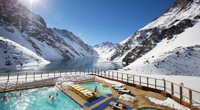 Read more about the article Estação Ski Portillo disponibiliza fundos de tela para o app Zoom