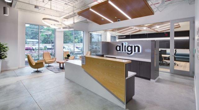 Read more about the article Align Technology oferece cursos de credenciamento online