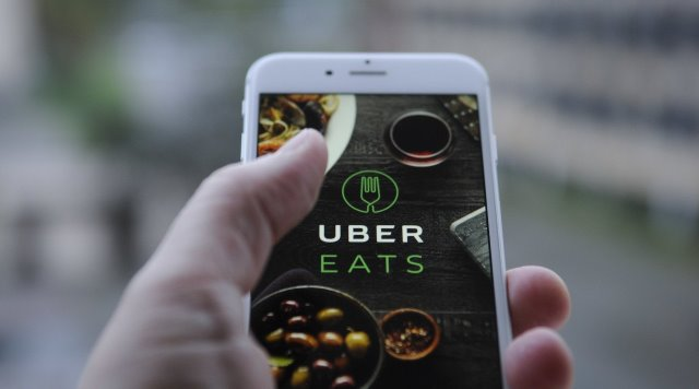Uber Eats lança 'Caseirinho' com refeições mais baratas para o dia a dia