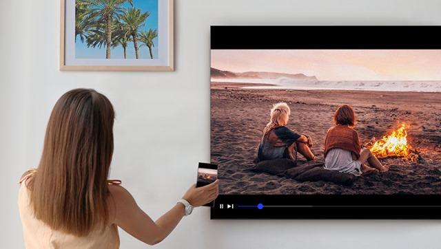 Espelhe o conteúdo de seu smartphone em uma TV Samsung com apenas um toque