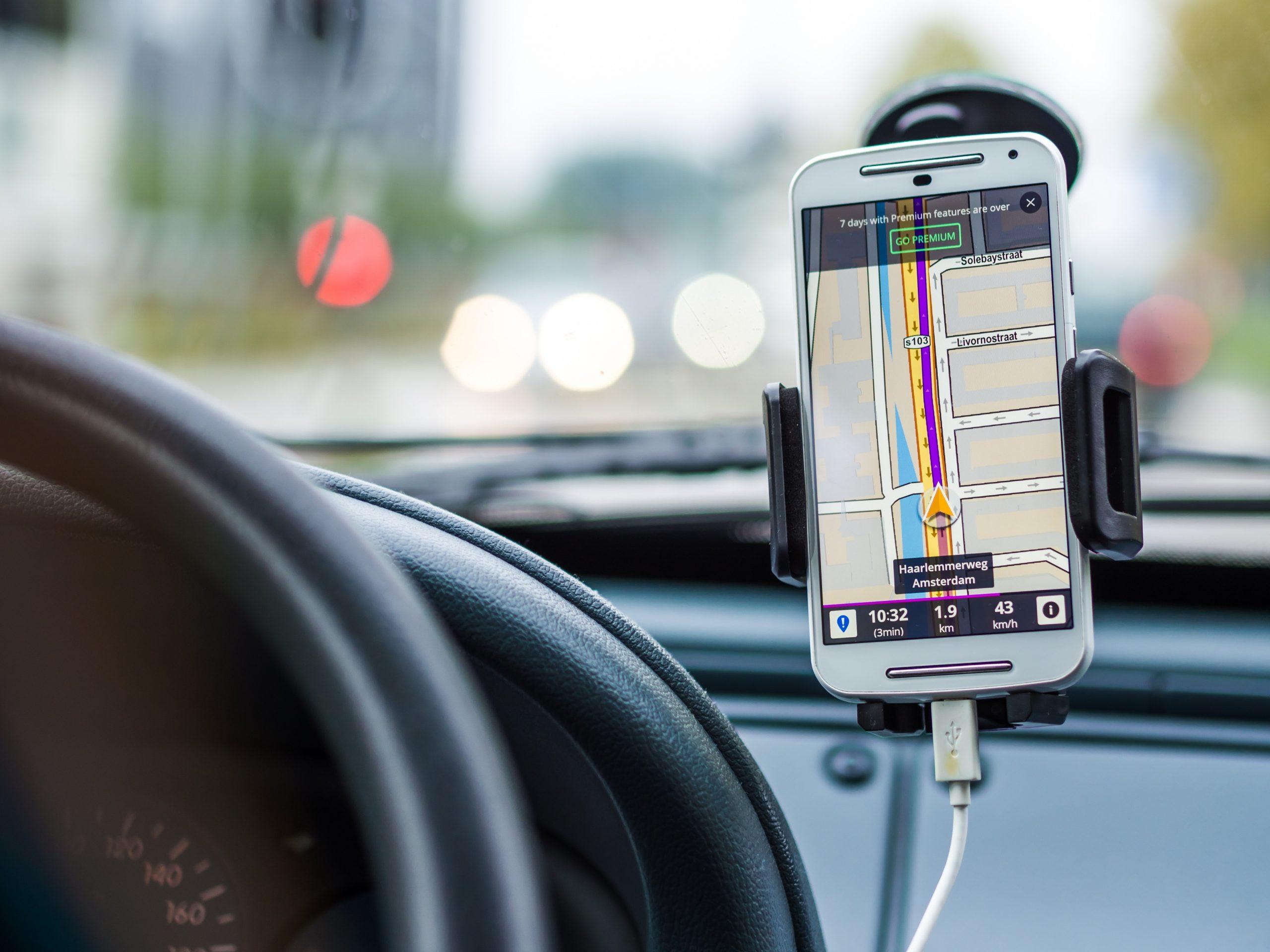 Waze anuncia integração com Google Assistant no Brasil