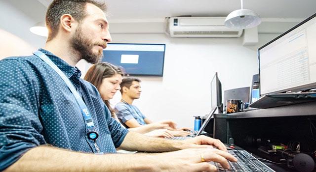Read more about the article UDS Tecnologia tem mais de 50 vagas abertas