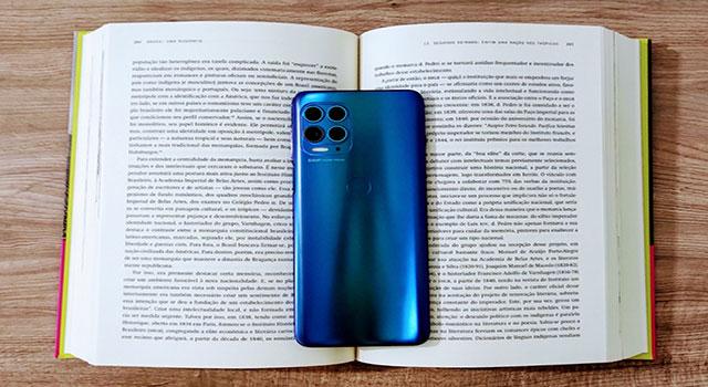 Motorola lança função de scanner na câmera do celular