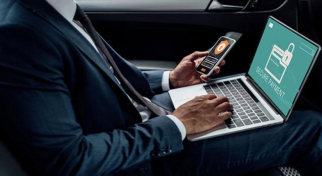 Como evitar golpes em apps bancários pelo celular